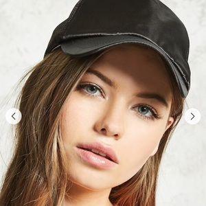 Accessories - ✨🔥•BOGO FREE•🔥✨ ✨Satin Black cap
